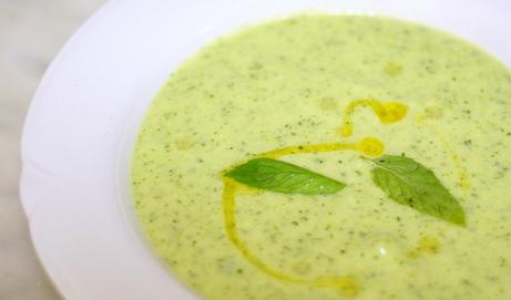 Zucchini, Yogurt, and Mint Soup (Zuppa Fredda di Zucchine e Menta)